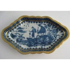 Caughley Spoon Tray, Decorated in Blue and White with the  'Fisherman and Cormorant' Pattern, c1770 (RESTORED)