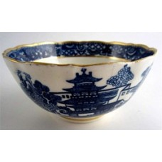 Caughley Scalloped Slops Bowl, Blue and White 'Pagoda'  Landscape Pattern,  c1785