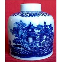 Staffordshire Pearlware Cylindrical Tea Canister, Printed with Blue 'Oriental scenes', c1795